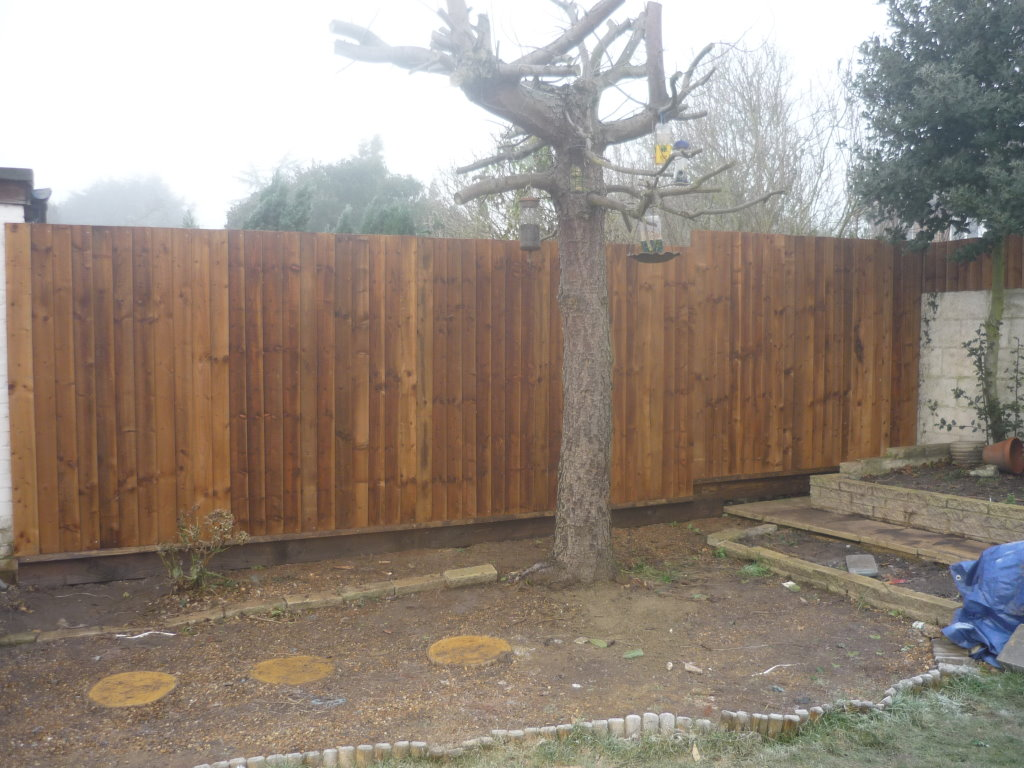 Fencing Company in Romford